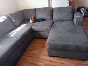 Sectional Couch for Sale in Richmond, CA