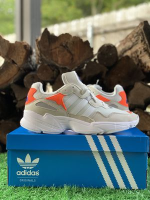 🔵Adidas Yung-96 J Sizes 8/9/10.5 Mens for Sale in Slidell, LA