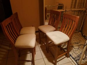 """4 stools de madera 24"""" alto for Sale in NC, US"""