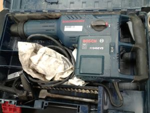 BOSCH 1124evs jackhammer/hammer drill with 2 bits for Sale in Des Moines, IA