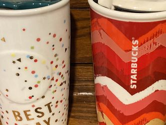Starbucks coffee cups with lids for Sale in Prineville,  OR
