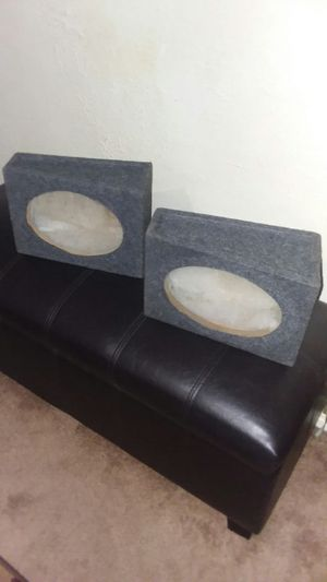 PAIR OF 6X9 SPEAKER BOXES, WEDGE STYLE, ASKING $20 for Sale in Fort Wayne, IN