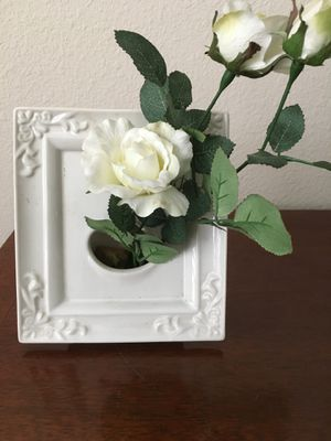 Ceramic Picture Frame Vase for Sale in Winter Garden, FL