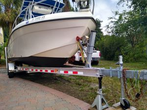 Boat 2005 Carolina Skiff , Twins 4 Strokes 440 hours 25 Feet, One owner New trailer for Sale in HALNDLE BCH, FL