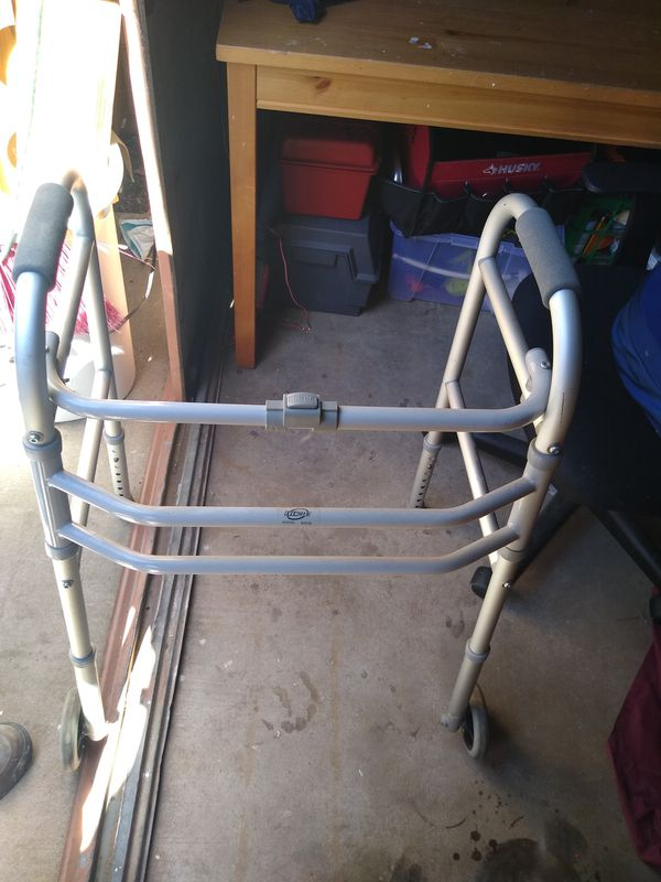 Ever-made folding adult 4 point walker.