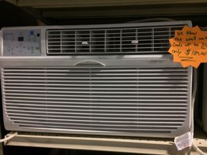 8,000BTU Window AC unit with warranty for Sale in Pineville, NC