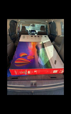 65 vizio led smart 4k HDTV like new in box comes with 6 month warranty Ask us about our different $$$$$$$ options for Sale in Phoenix, AZ