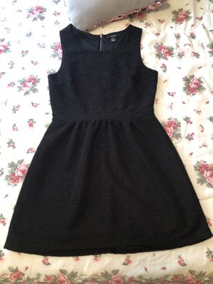 Black dress size Large good conditions used once for Sale in Addison, IL