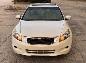Honda Accord Automatic 2010 White for Sale in Alexandria, VA