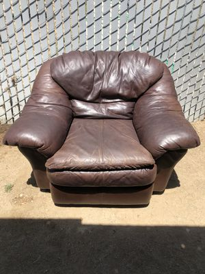 Leather Chair for Sale in Perris, CA