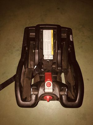 Graco/ Universal Car seat Base for Sale in Phoenix, AZ