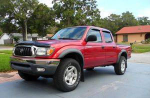 For Saleee 2003 Toyota Tacoma SR5 4WDWheels Clean! for Sale in Pompano Beach, FL