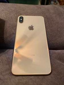 UNLOCKED IPHONE xs max 256gb for Sale in Washington, DC