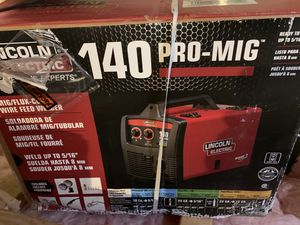 Lincoln Electric 120-Volt 140-Amp Mig Flux-cored Wire Feed Welder new in box for Sale in Passaic, NJ