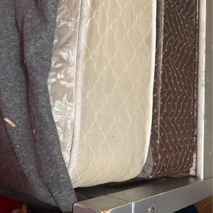Free Twin Bed Frame And Mattress for Sale in Compton, CA