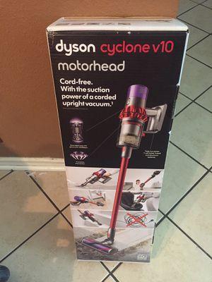 dyson cyclone v10 motorhead for Sale in San Antonio, TX