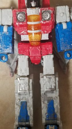 Transformers Starscream Cybertron Jet for Sale in Newberg,  OR