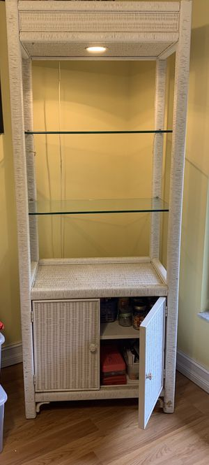 White Wicker Cabinet w/ Glass Shelves, Lower Doors & Light for Sale in Coral Springs, FL