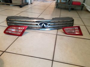 Infiniti front bumper and lights for Sale in Town 'n' Country, FL