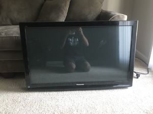 42 inch Panasonic flat screen tv for Sale in Columbus, OH