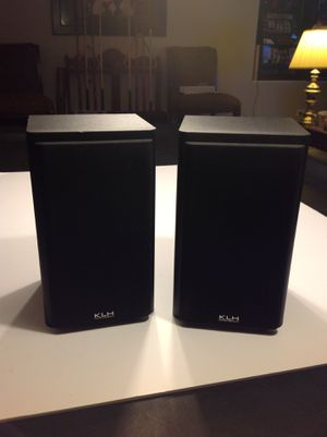 KLH Model 911B Bookshelf Speakers for Sale in West Chicago, IL