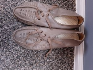 Women's comfortable shoes for Sale in Wichita, KS