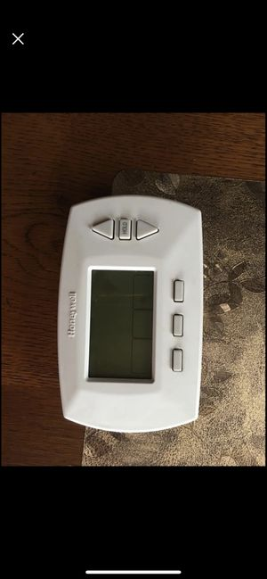 Honeywell thermostat for Sale in Parker, CO