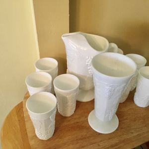 10 Pc Milk glass te pitcher and 8 glasses with flower vase for Sale in Pasadena, TX