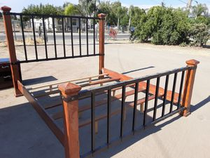 King bed frame for Sale in Orosi, CA