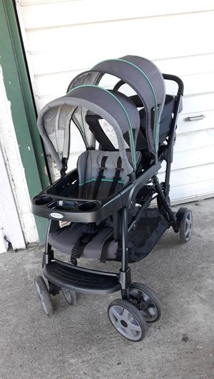 Stroller double graco for Sale in Fresno, CA