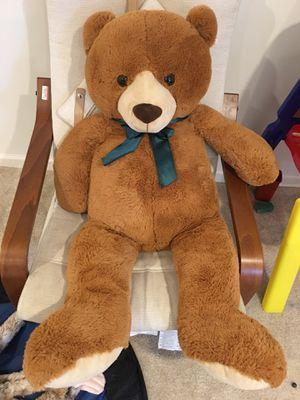 "42"" toys r us teddy bear for Sale in Monroe Township, NJ"