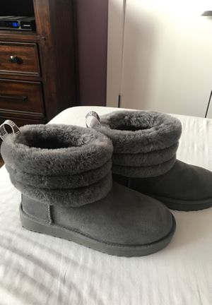 UGG CLASSIC MINI FLUFF QUILTED BOOT SIZE 7 for Sale for sale  Queens, NY
