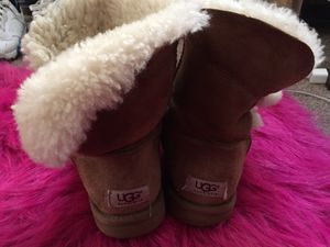 UGGS SZ.8 AUTHENTIC USED for Sale in Mount Rainier, MD