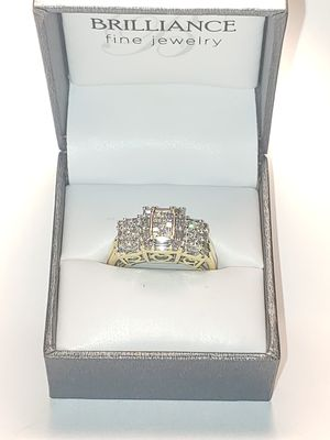 1ct baguette and cluster 14K Diamond engagement ring. for Sale in Wichita, KS