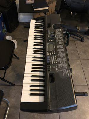 Hola tengo teclado Casio ya disponible buen teclado muchos ritmos for Sale in Denver, CO