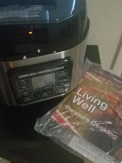 Never USED Pressure Cooker for Sale in Henderson,  NV