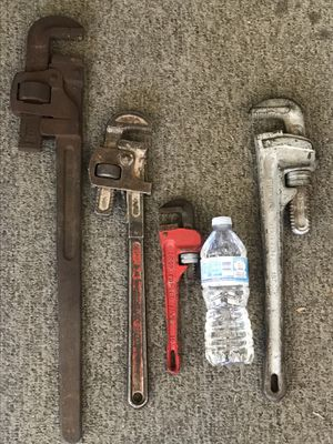 "24"", 2x18"" and 10"" pipe wrenches for Sale in Downey, CA"