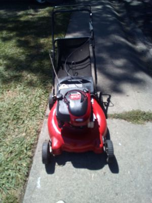Yard Machine 6 horsepower lawn mower with bag for Sale in Pleasanton, CA