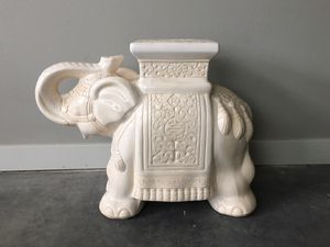 white ceramic elephant plant stand for Sale in Seattle, WA