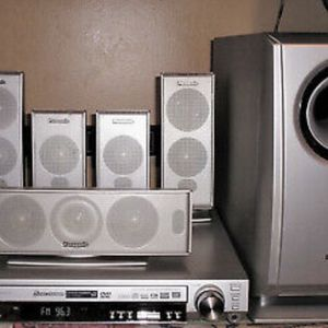 Panasonic SA-HT 720 DVD/CD Player 5-Disc Home Theater Sound System. Works Great! Comes with Remote, Owners Manual, and some cables that came with it. for Sale in Encinitas, CA