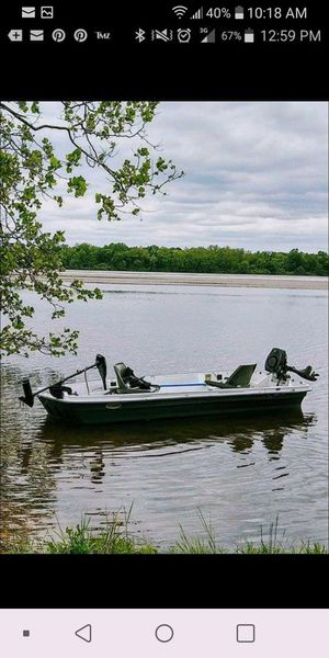 14' Pelican Jon Boat w/ 2 cushioned folding seats. for Sale in Levittown, PA