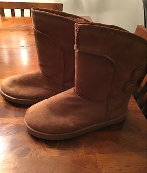 BOOTS SIZE 7 for Sale in Brier, WA