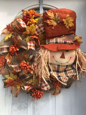 Scarecrow Fall Wreath for Sale in Inwood, WV
