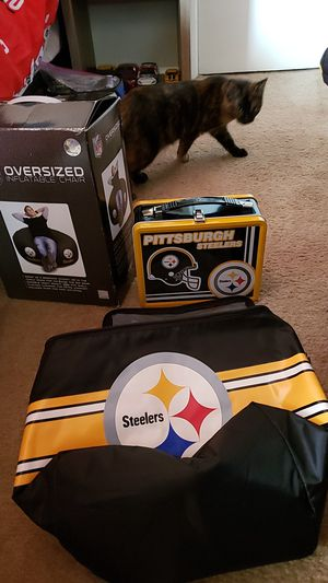 Steelers lunch box cooler and over sized inflatable chair for Sale in Grove City, OH