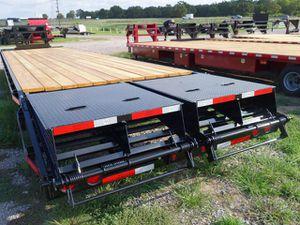 8x35+5 26k gooseneck flatbed for Sale in Houston, TX