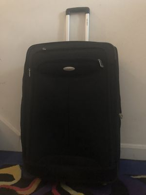 """Samsonite XL Black Luggage Suitcase 20"""" W x 30"""" H x 14"""" D for Sale in Martinsburg, WV"""
