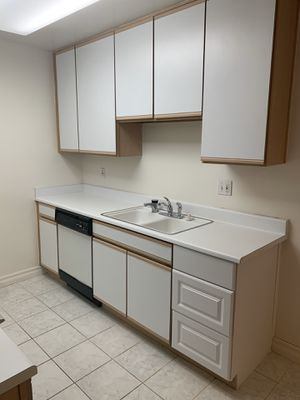 All kitchen cabinets and countertops for Sale in Westchester, CA