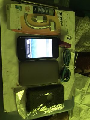 Apple IPOD 4th generation 32gb for Sale in Cadillac, MI