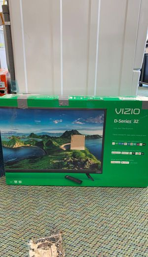 Vizio TV 32 inches!! Brand new with warranty 5H2O for Sale in Fullerton, CA