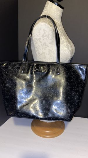 Kate spade ♠️ patent leather tote for Sale in Dublin, OH